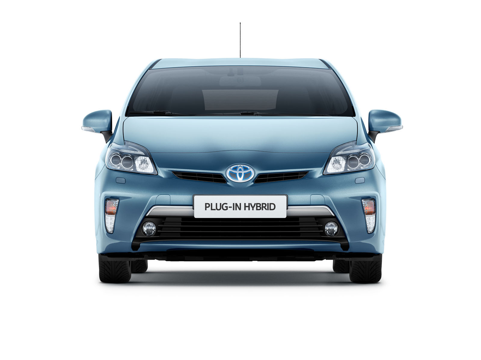 Toyota's plug-in hybrid launch delayed by several months